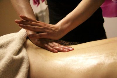 massage2_800x533